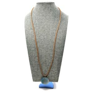 Jewelry - Pretty boho chic pendent necklace on leather cord